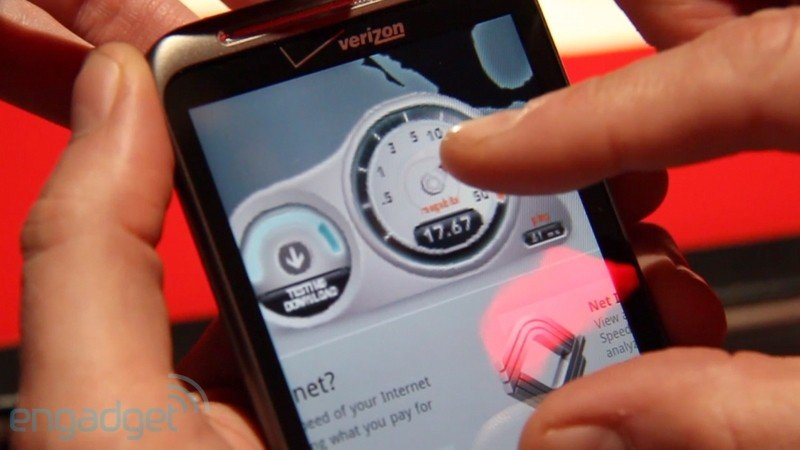 HTC Thunderbolt Hands-On-Video [CES 2011]