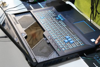 Tastatur im ausgefahrenen Zustand