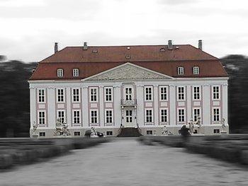 Schloss Friedrichsfelde