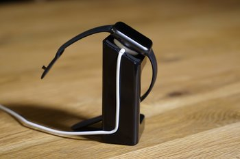 ArktisPRO Apple Watch Stand
