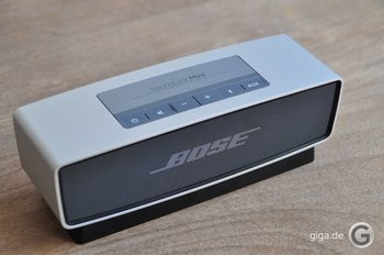 bose soundlink mini. Black Bedroom Furniture Sets. Home Design Ideas