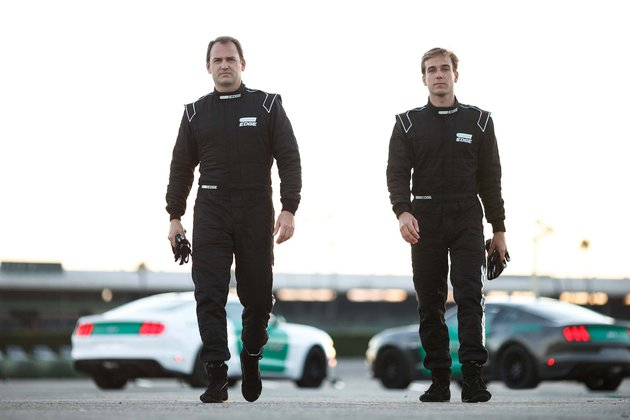 castrol-virtual-racers-ben-collins-l-prepares-to-go-head-to-head-with-matt-powers-r