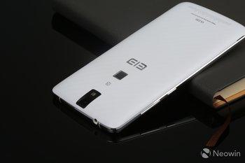 elephone-p8000-back