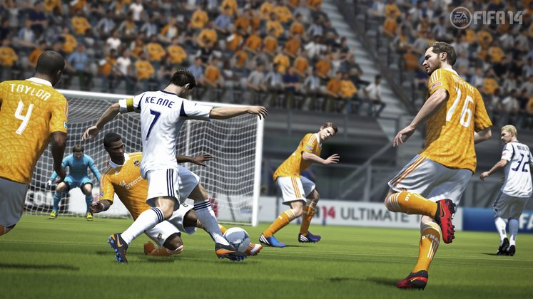 fifa14_x360_na_physical_play_wm