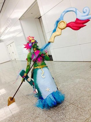 League-Cosplay-9