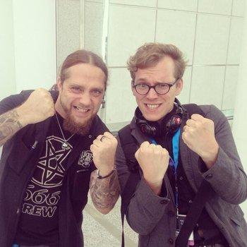 Heavy Metal Jung!!! :D #gamescom #kesici http://t.co/Kl2EAqqjes