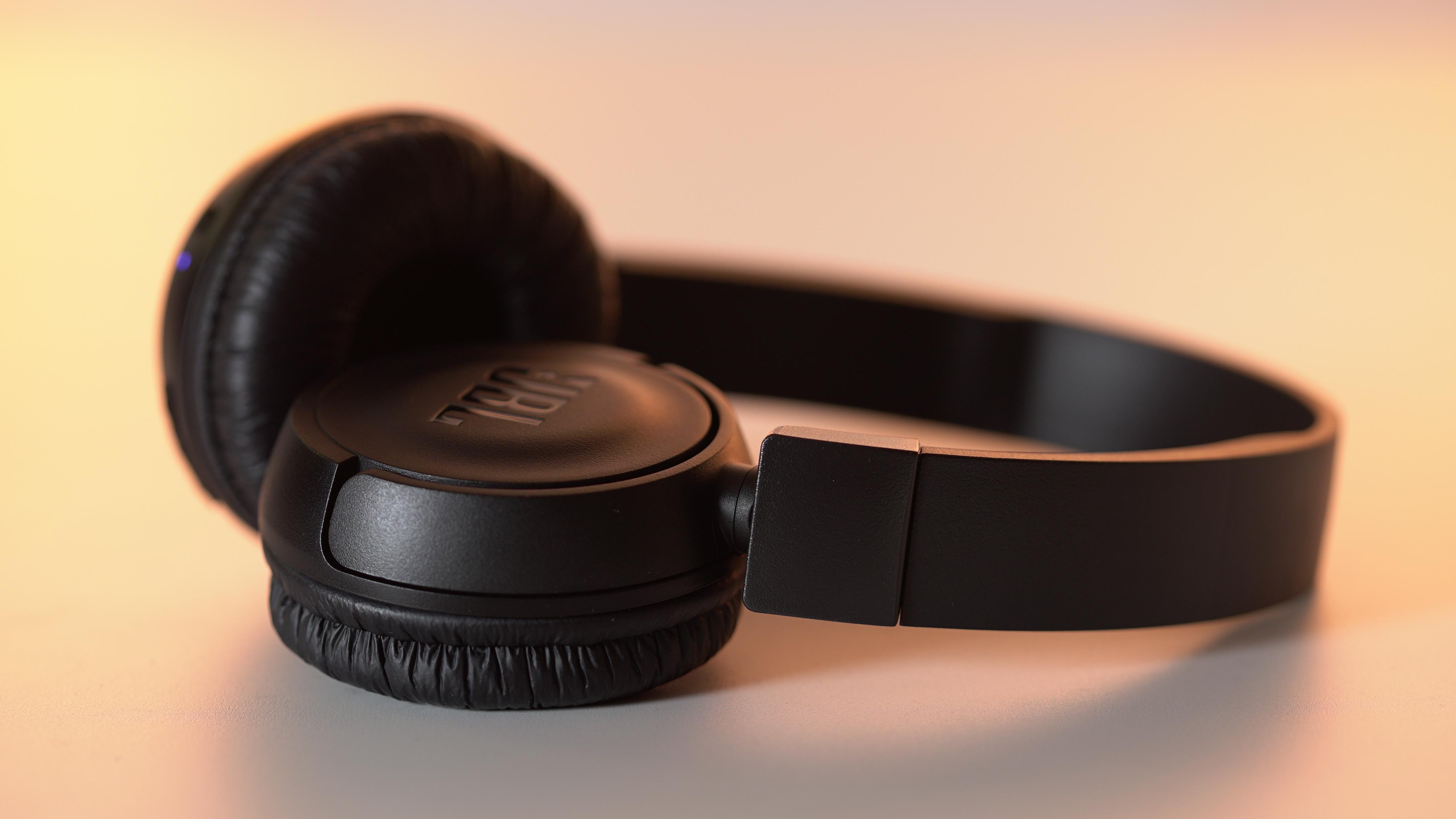Bluetooth Kopfhrer Jbl T450bt Im Test Lohnt Sich Der Amazon Headphone White 7 Bilder