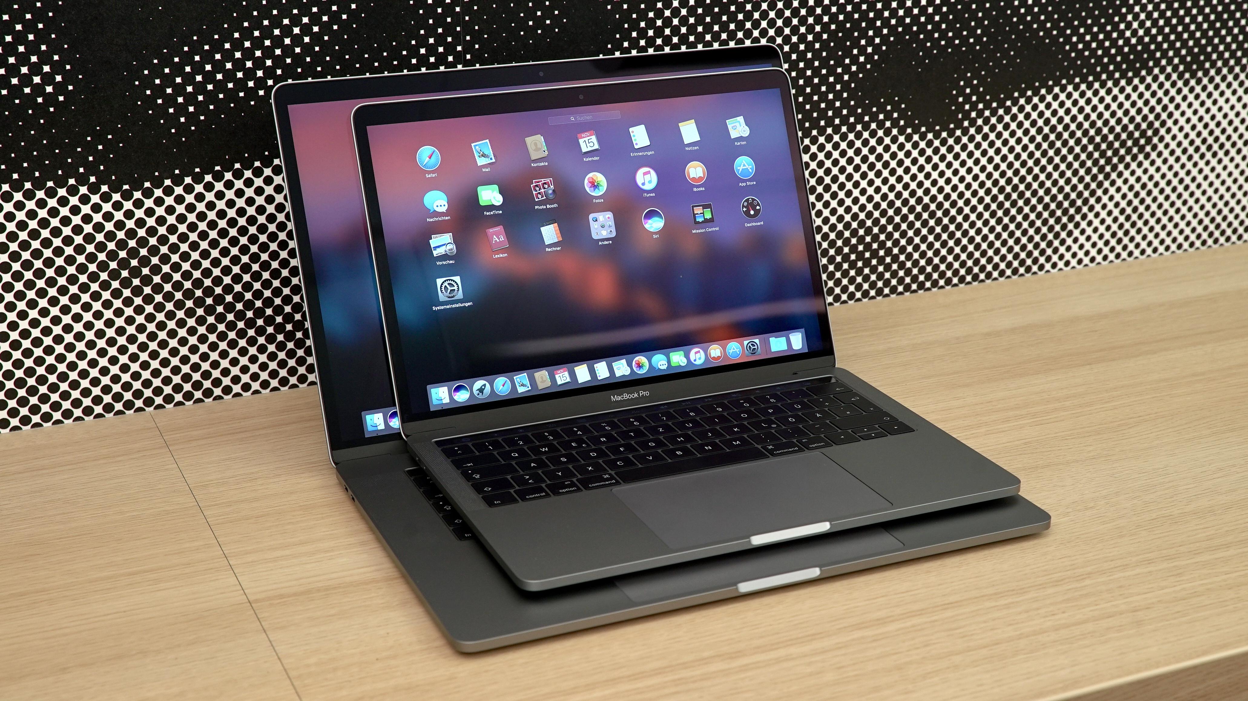 die touch bar des macbook pro im test spielzeug oder. Black Bedroom Furniture Sets. Home Design Ideas