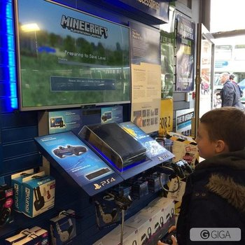 Pop in today to get hands on #MinecraftPS4 why not see what all the fuss is about?!? #KidsKnowBest http://t.co/NASnKXWRvb