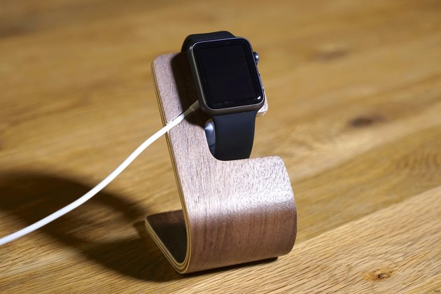 Mobiletto Apple Watch Wood Stand