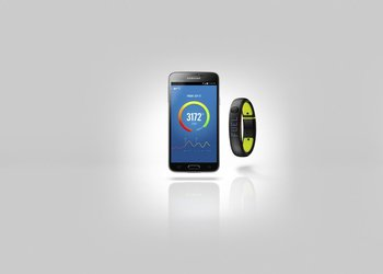 su14_fuelband_android_hero_001_ext_hf21_detail