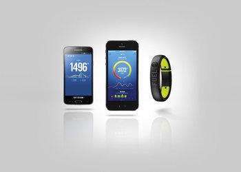 su14_fuelband_android_iphone_hero_002_hf1_detail
