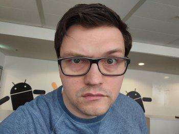 Selfie-Cam: Tolles Motiv, aber zu verrauscht und dezent verwackelt.