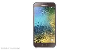 Samsung-Galaxy-E5_3