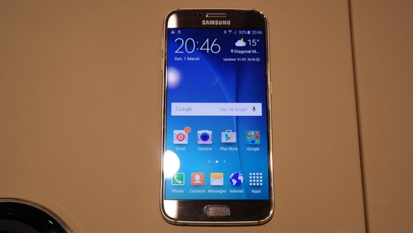 samsung-galaxy-s6-hands-on-204657