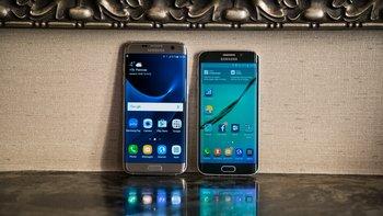 Samsung Galaxy S7 edge (links), Samsung Galaxy S6 edge (rechts)