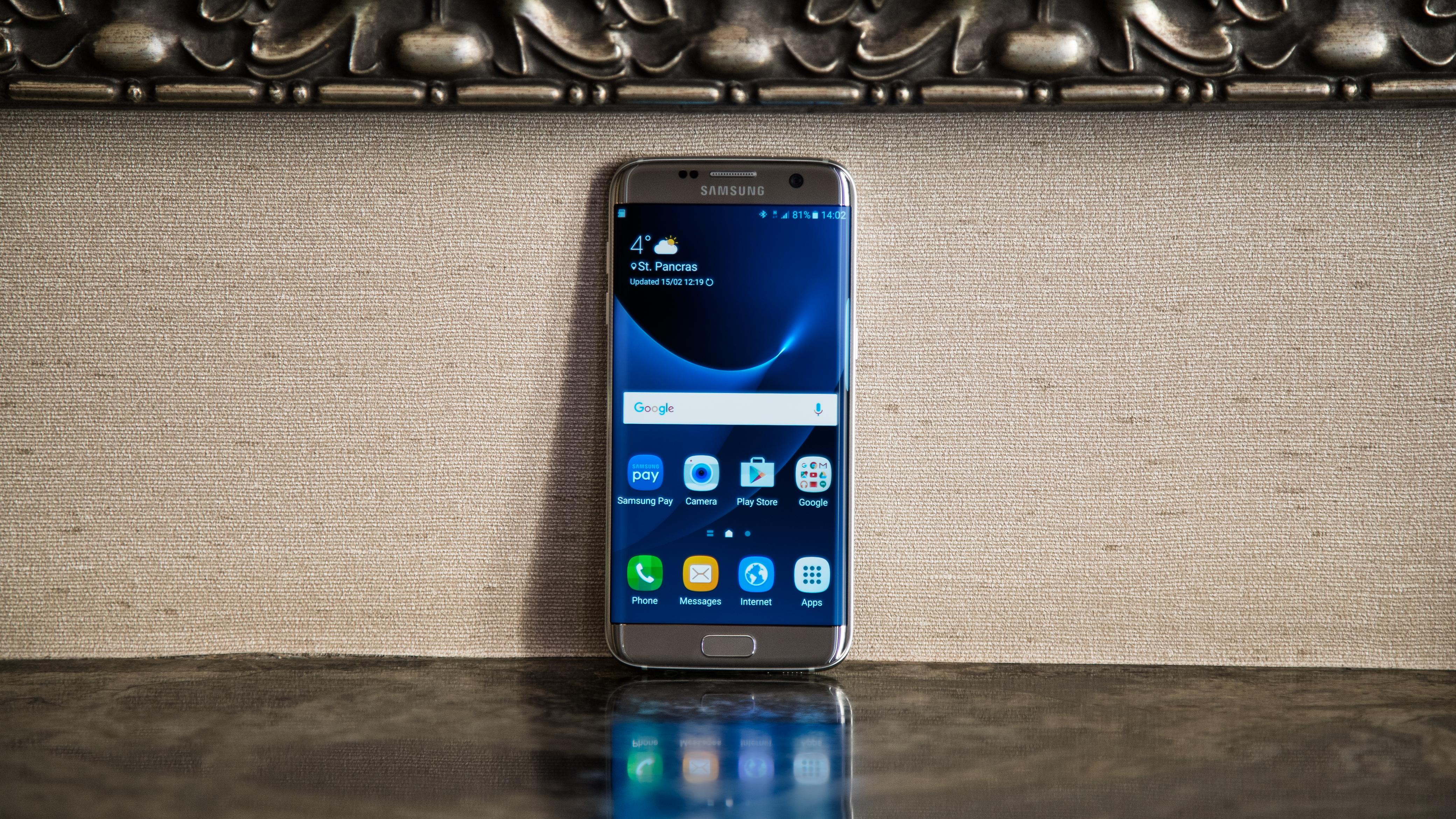 Samsung Galaxy S7 edge Samsung Galaxy