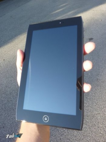 acer-iconia-tab-a100-test-hardware-11