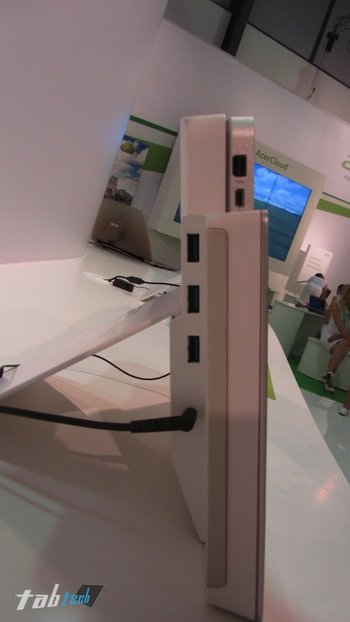 Acer-Iconia-Tab-W700-Hands-On-03-imp