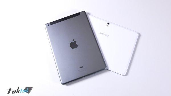 Samsung-Galaxy-Note-10.1-vs.-iPad-Air-Rückseite