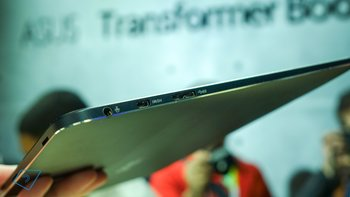 Asus-Transformer-Book-T300-Chi-hands-on-3