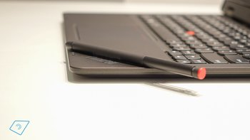 Lenovo-ThinkPad-Helix-2-hands-on-11