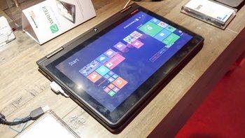 Lenovo-ThinkPad-Yoga-hands-on-10