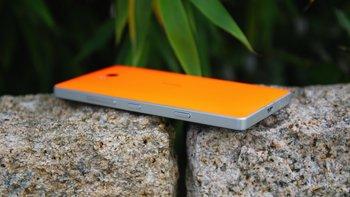 Lumia-930-Back-2