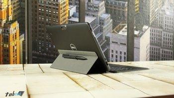 Slim-Tablet-Tastatur-mit-Venue-11-Pro-von-hinten-seitlich