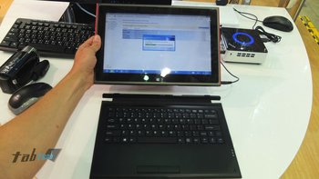 Surface_Pro_Klon_Bay_Trail_Computex_2013_4