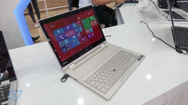 Toshiba-Kira-L93-hands-on-1