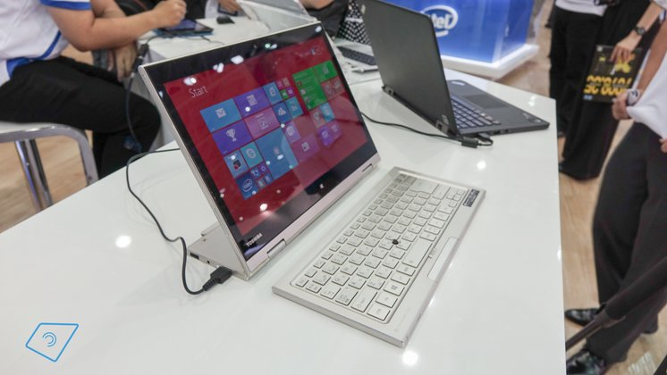 Toshiba-Kira-L93-hands-on-4
