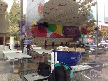 Apple dekoriert bereits das Moscone Center