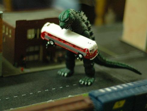 Die besten 25 Godzilla Spielzeug Ideen auf Pinterest