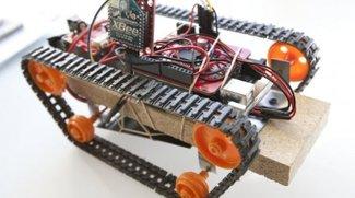 Ferngesteuert: Solarbetriebener Arduino Panzer