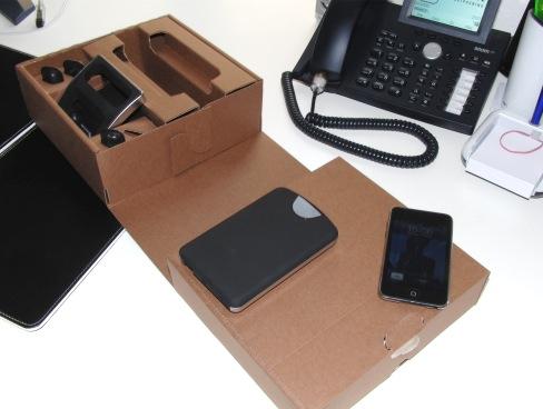 buffalo dualie usb hub iphone dock und festplatte in einem giga. Black Bedroom Furniture Sets. Home Design Ideas