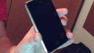 Engadget: iPhone 4G Prototyp in Bar gefunden? [Update: Nun doch]