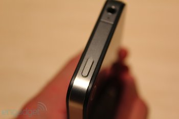 iphone-4-first-hands-2010-06-0712-07-36-rm-eng1