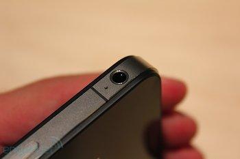 iphone-4-first-hands-2010-06-0712-07-43-rm-eng1
