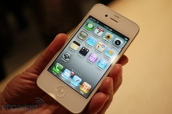 iphone4-weiss-handson (6)