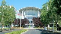 Demonstration auf Apple Campus – Leiharbeiter fordern bessere Bedingungen