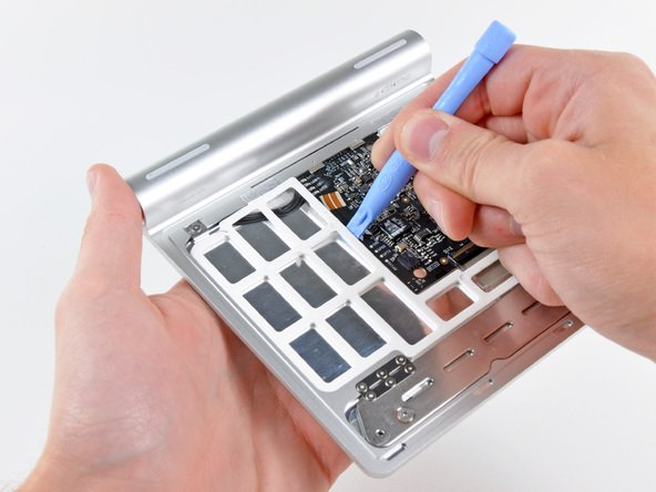 iFixit: Magic Trackpad hüllenlos