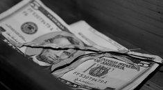 Apple-Manager bunkerte 150.000 Dollar in Schuhkartons