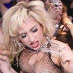 """Lady Gaga erweitert Tour, """"Bad Romance"""" im Dangerous-Muse-Remix als Kostenlos-Download"""