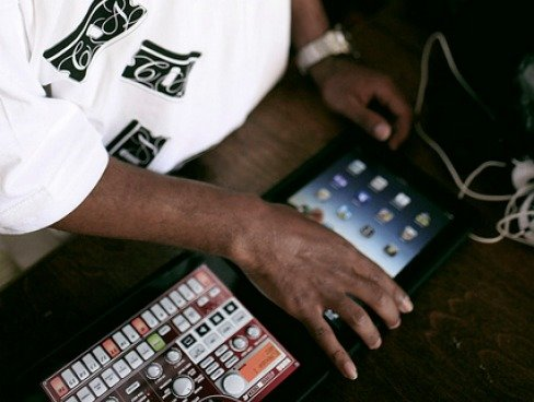 iPad und Apps in der Praxis: Musikalisches mit SoundHound und Internetradio