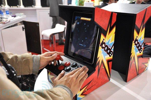 Ion iCade: iPad wird zur 80er-Spielekonsole [CES2011]