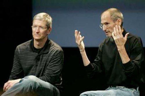 Tim Cook und Steve Jobs