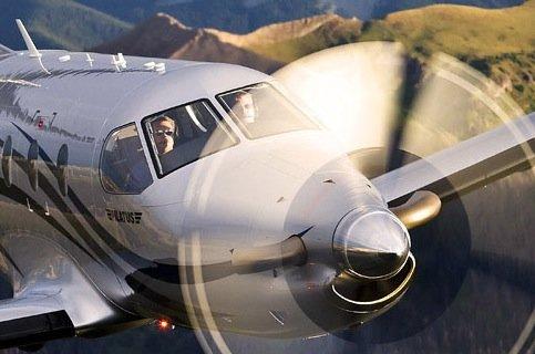 iPad, iPhone und MacBook im Flugzeug: US-Behörde prüft Betrieb während Start und Landung