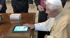 Video: Papst Benedikt twittert mit iPad