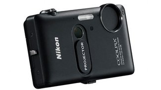 Nikon-Kamera S1200pj als Projektor für iPhone/iPad